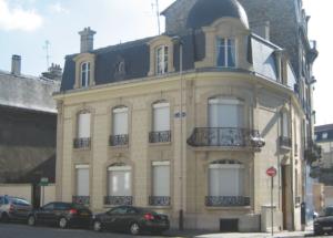 Groupe Sionneau façade pierre Reims ravalement hydrogommage